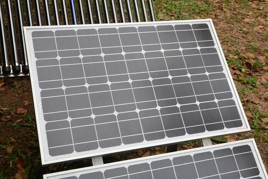 Mini-Solaranlaage im Garten